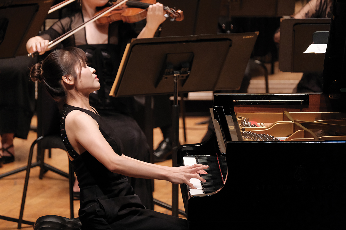 Pianist Rachel Cheung. (Photos credit: Ka Lam / HK Phil)